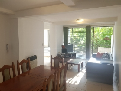 VENDE DEPARTAMENTO EN BARRIO ARIZU CON COCHERA