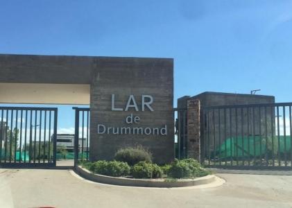 LOTE EN BARRIO PRIVADO LAR DE DRUMMOND DE LUJAN